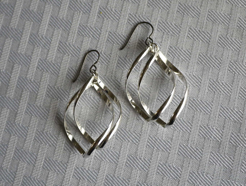 twisted earrings with niobium hooks for sensitive ears